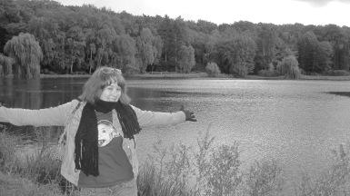 In front of the Schwartau Sie (lake)