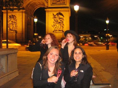 Last night avec les filles, à Paris, Mai 2006