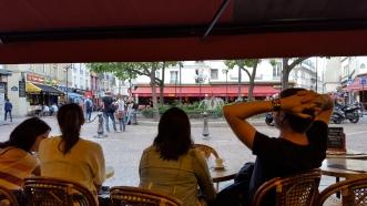 Watching Place de la Contrescarpe from a cafe