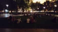 No open container laws so people brought full picnics, baskets of food and beer, to hang out for the evening.